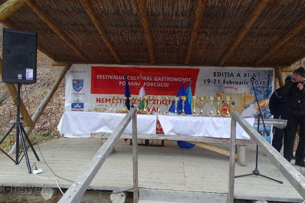 disznotoros-fesztival-2016-pomana-porcului-241FC7DF35-EE31-1EA7-3E27-6200733B154F.jpg